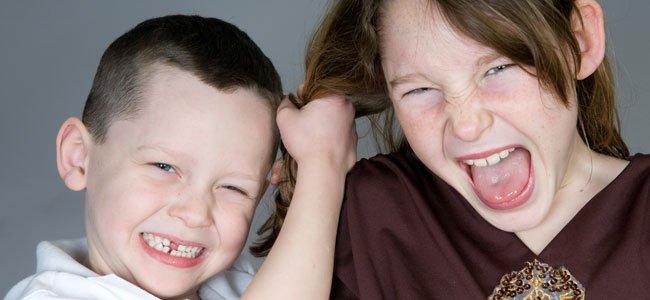 Claves para frenar las peleas entre hermanos