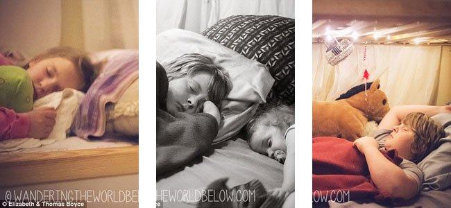 Niños duermen en colech