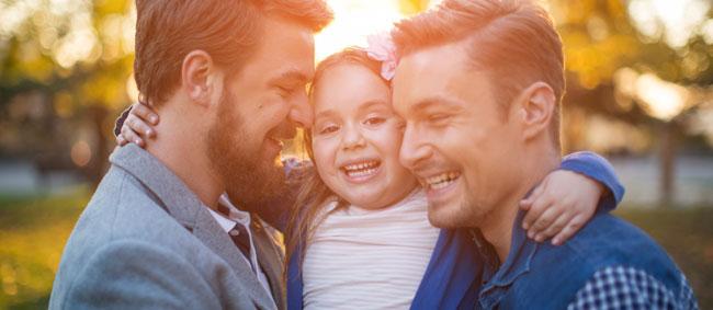 Niños criados por parejas homosexuales