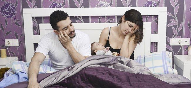 Padres desesperados con bebé