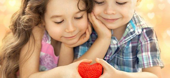 Corazones para los niños en familia