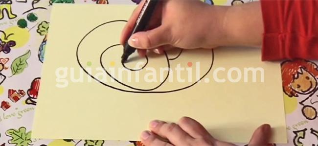 cómo hacer un dibujo de un caracol paso 1