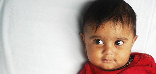 Bebé indio