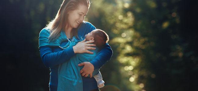 Foulard con anilla para llevar al bebé en brazos