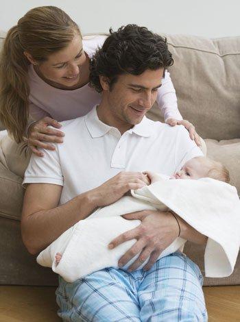 Bebé y pareja