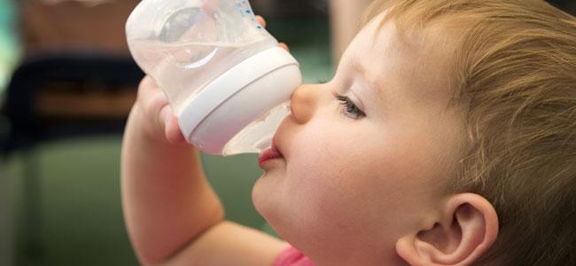 Cuándo ofrecer agua al bebé