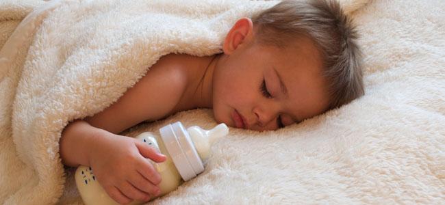 Qué es la caries del biberón en bebés