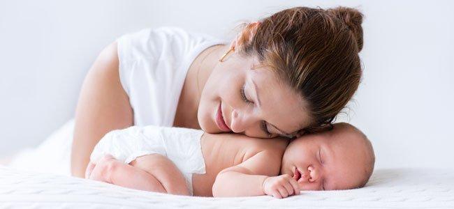 Madre con recién nacido
