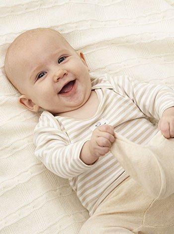 Desarrollo sensorial y reflejos del recién nacido