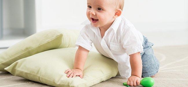 Estimular el gateo del bebé