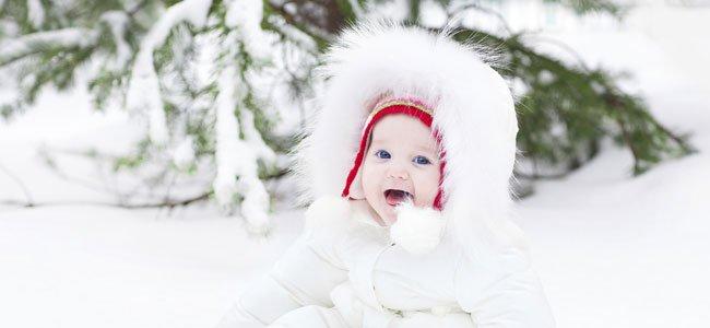 Bebé en la nieve