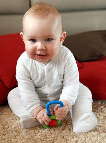 Desarrollo f sico y mental de un beb de seis meses - Desarrollo bebe 6 meses ...