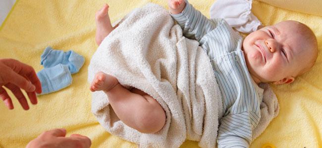 Síndrome de la cuna con pinchos en el bebé