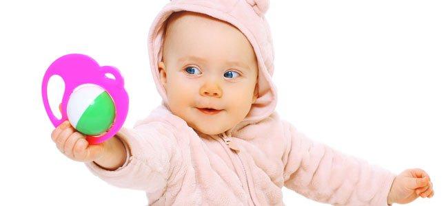 Beneficios de los sonajeros para bebés