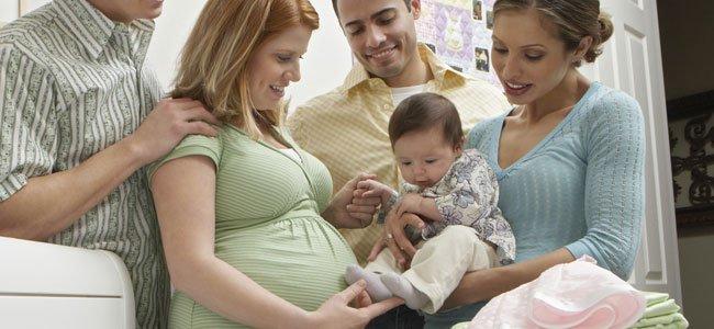 Las primeras visitas al bebé recién nacido