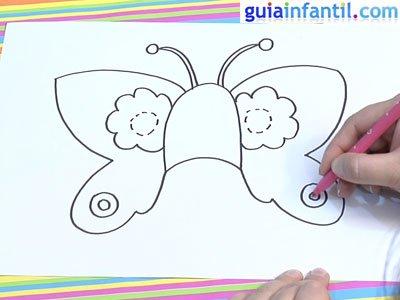 Antifaz de mariposa para colorear. Paso 3.
