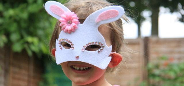 Antifaz de conejo para el carnaval de los niños