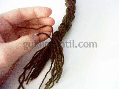 Manualidades para hacer una peluca. Paso 5