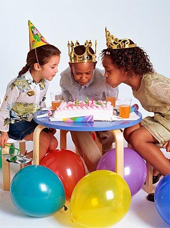 celebracion tercer cumpleano nino: