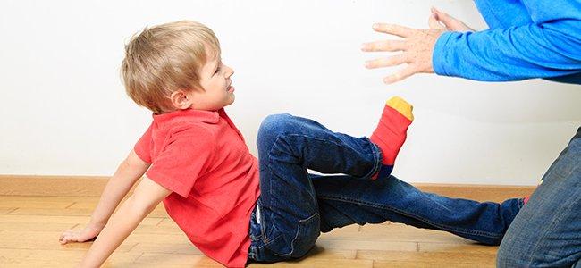Qué hacer ante un niño agresivo