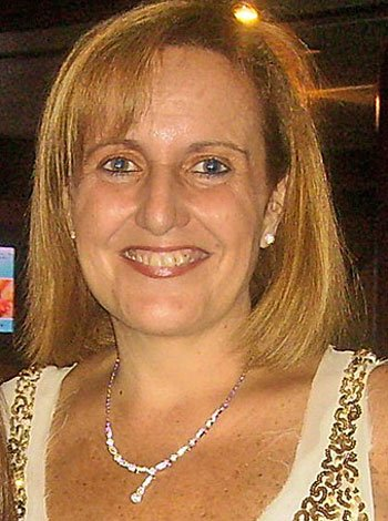 Elvira López