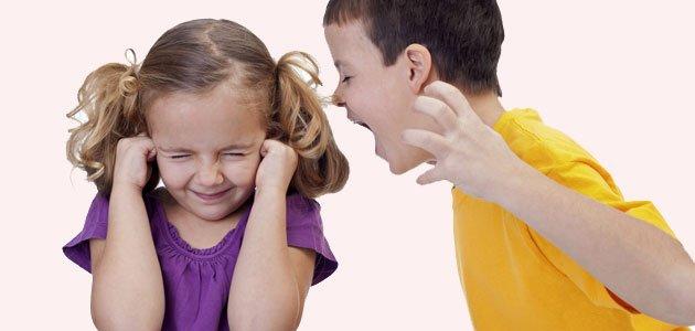 Cómo controlar el acoso entre hermanos