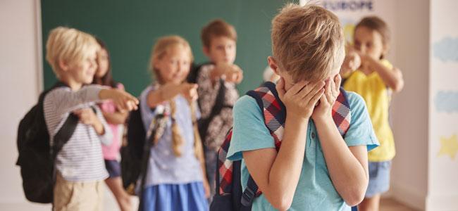 Qué hacer si al niño le ponen apodos despectivos en la escuela