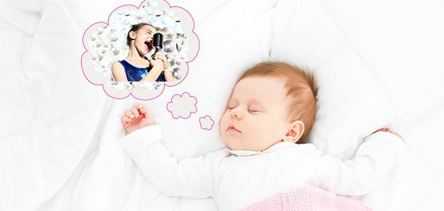 bebé soñando