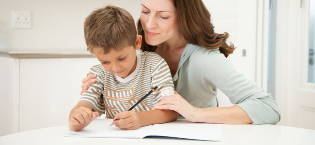 La confianza del niño en sí mismo para el éxito en los estudios