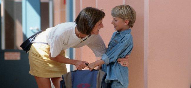 Consejos de madre a hijo en el colegio.