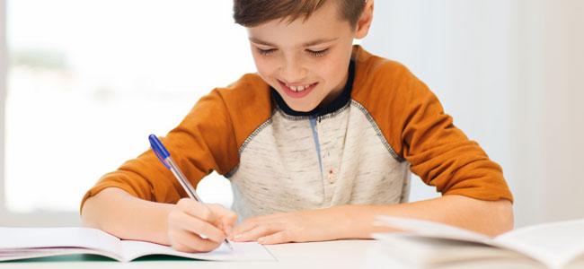 Cuándo y dónde deben hacer los deberes los niños