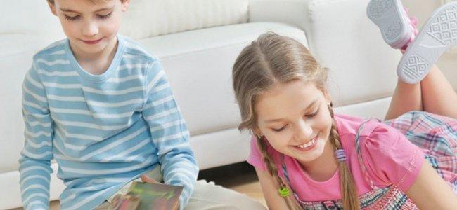 Niños sólos en casa