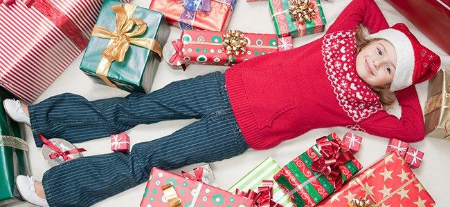 Navidad Cuando Tiene Regalos Niño Demasiados De El y6gv7Ybf