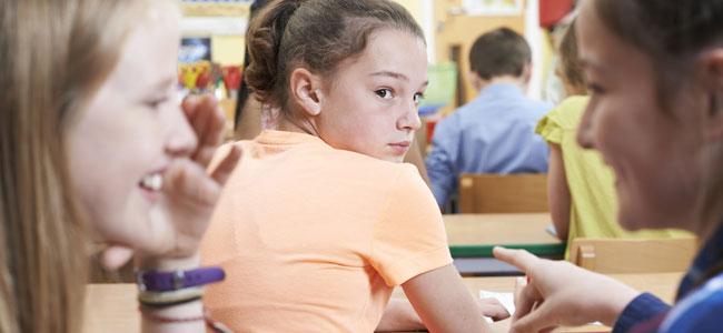 Sobre el desprecio de los niños hacia el que destaca y la envidia en la infancia