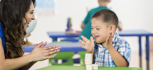 Los beneficios de los gestos en niños con síndrome de Down