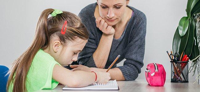Supervisión de los deberes de los niños