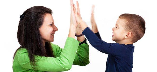 Peligro de elogiar constantemente a los niños