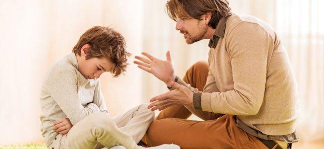 Padres que exigen mucho a los niños