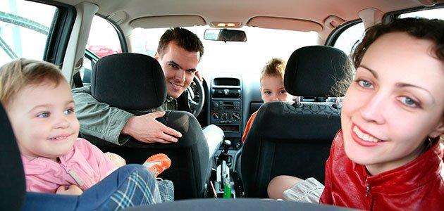 Cu ndo pueden los ni os viajar en el asiento delantero for Asientos infantiles coche