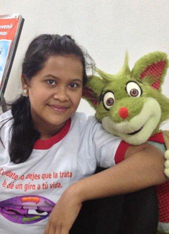 Fredo Fox con los niños en Nicaragua