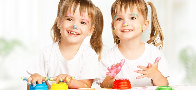 Educar respetando la individualidad de los gemelos