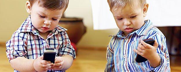 Los teléfonos celulares y los niños