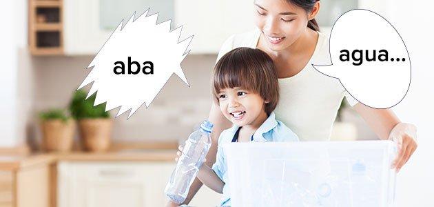 niño pronuncia mal