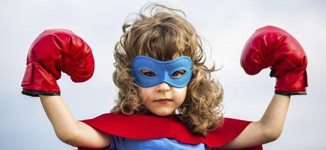 Niña superheroina