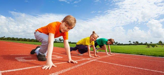 Niños compiten atletismo