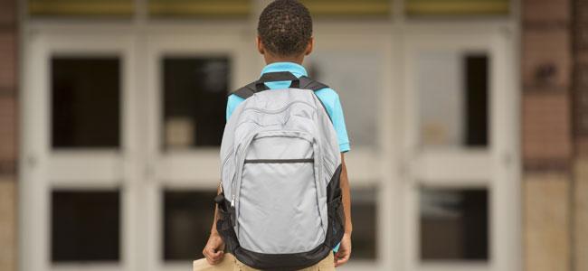 Niños que faltan a clase: escaparse del colegio