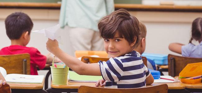 Niños con buen comportamiento en casa y malo en el colegio