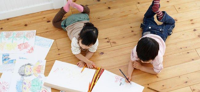 Niños dibujan