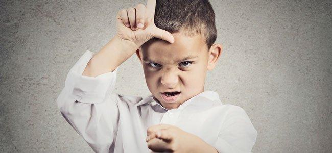 Niños que hacen críticas negativas