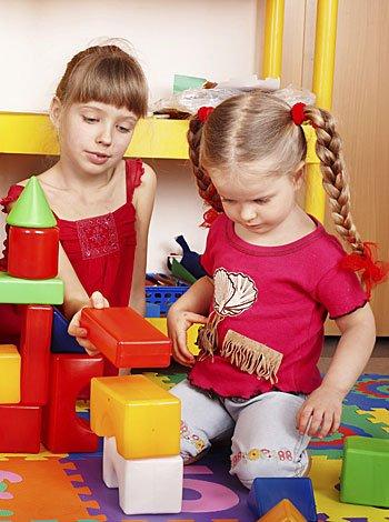 La tarea de recoger los juguetes